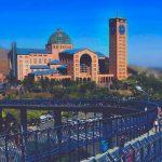 Conheça a basílica que recebe milhares de turistas em outubro, considerada a maior basílica do mundo
